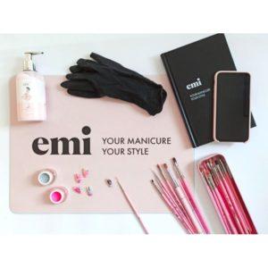 Pink & Black Nail Art Mat