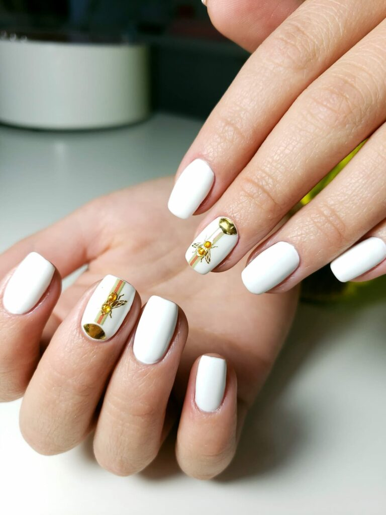 Russian Manicure & Sculpting with Soak-Off Gels + KIT (Level 1)